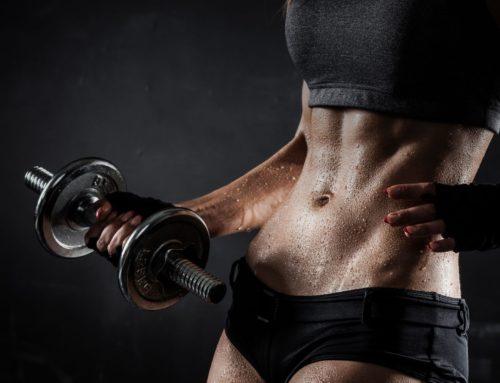 Meglio allenarsi con i pesi o a corpo libero?